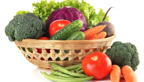 shutterstock_163619261 CSA vegetable basket
