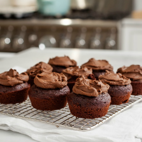 chocolate cupcakes with avocado frostin from love and lemons