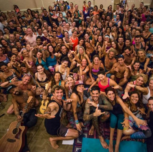 Shiva Rea's last class at Wanderlust Oahu 2015- I'm next to the girl in the peacock pants: grey sports bra and black pants!