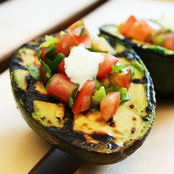 Grilled Avocado - Summer is in full swing, and surely you're looking to do some cooking outside! Here are our 85 healthy grilling recipes for summer to set you up for a season of flavorful barbeque!