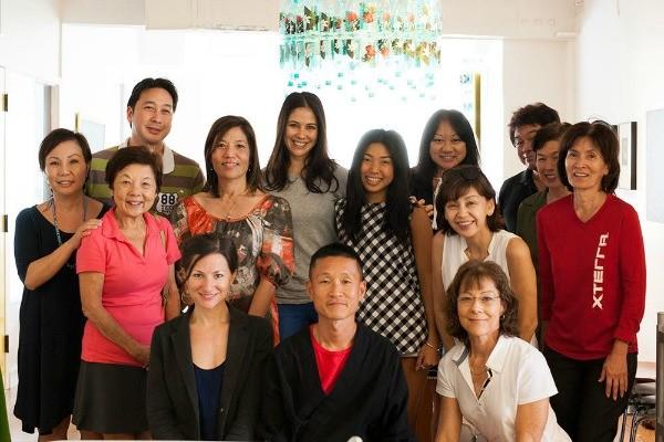 jin hirata cooking class_group