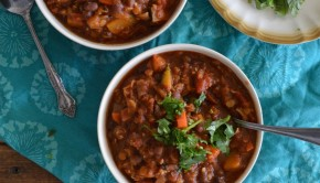 vegan chili with pumpkin